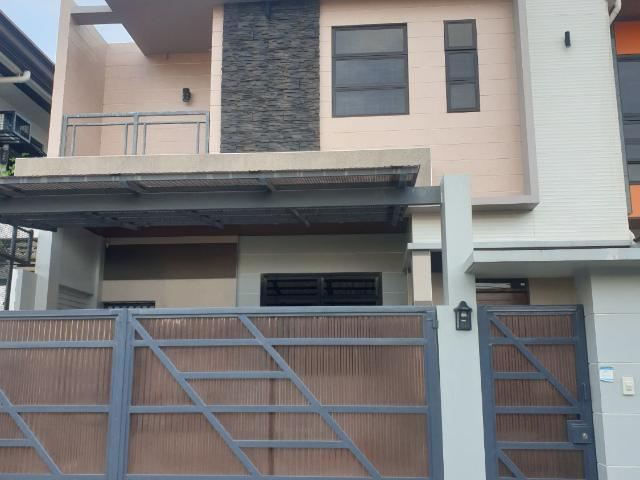 Brand New House & Lot For Sale 3 Storey Semi Furnished Bf Resort Las Pinas City