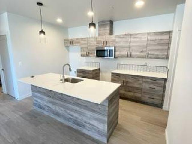 Brand New Redpoint Apartments Now Leasing With November Availability 1329 Sw Pumice Ave
