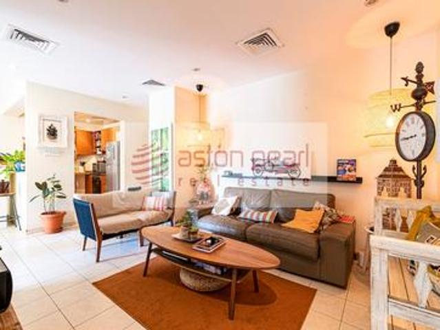 Bright And Spacious 3br |al Nakheel Community View