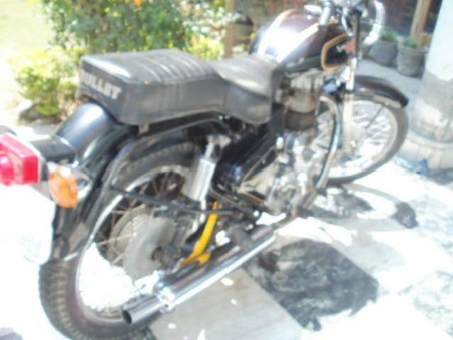 Bullet standard for sale with new condition 09876326232 in amritsar i am selli
