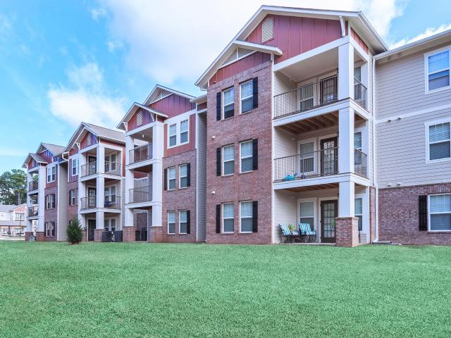 Call For Availability Abbington Glen 4 Bedroom Apartment For Rent At 245 East New Boston R...