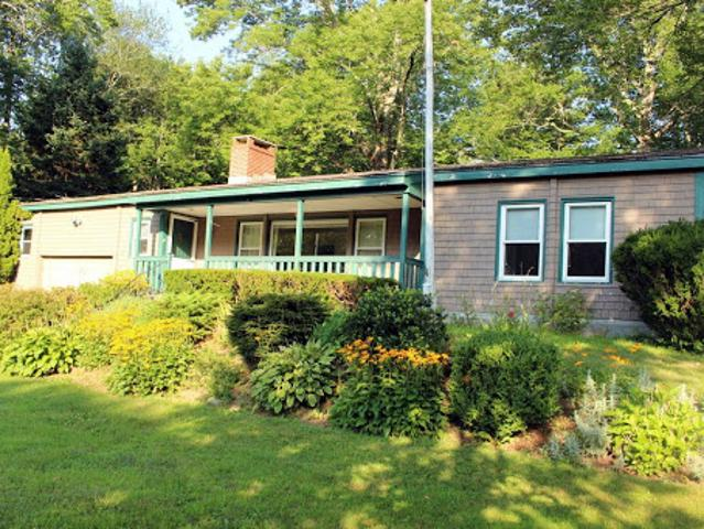 Camden, Well Maintained Three Br Two Ba Ranch With 3 Season