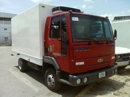 Camion cargo ford 815