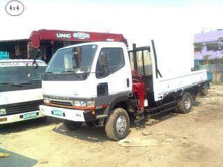 Canter boom truck 4x4