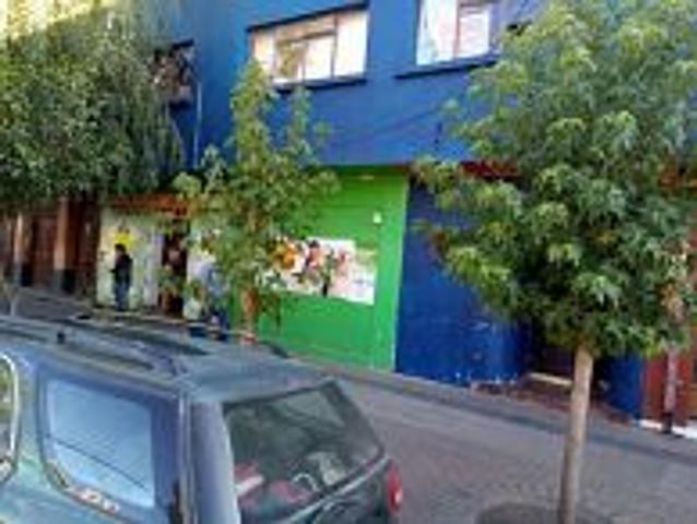 Casa Con Local Comercial