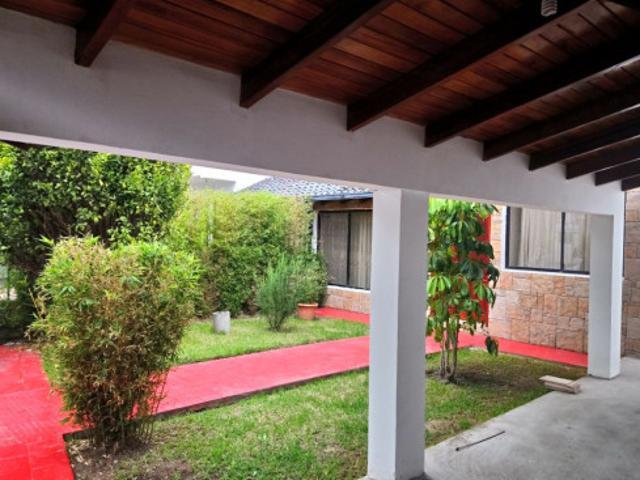 Casa De Arriendo / San Rafael / Frente Espe