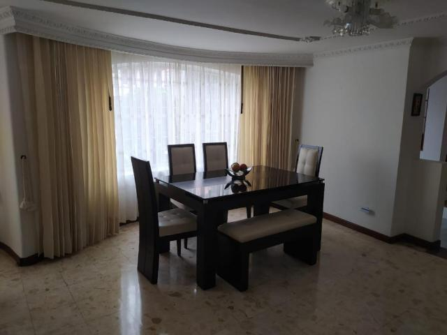 Casa En Venta En Bogotá Normandia Vrcr100701829 3 Habitaciones 3 Baños 160 M2
