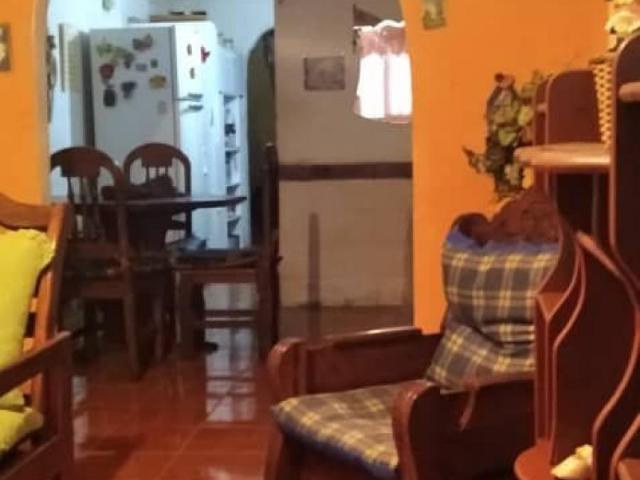 Casa En Venta En Caricuao Distrito Federal 5 Hab