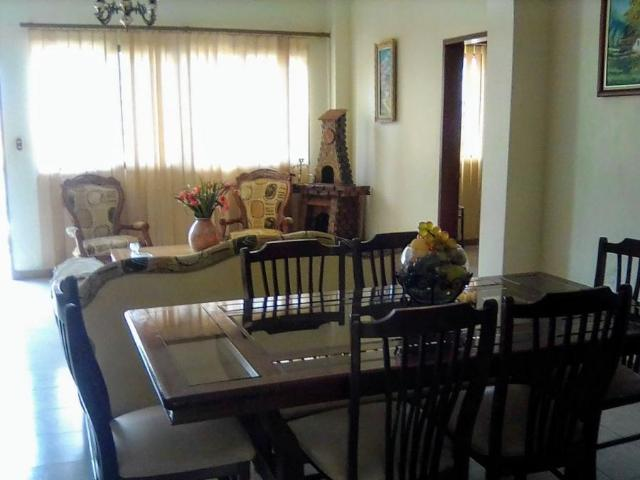 Casa En Venta En Coche Distrito Federal 394 M2. 4 Hab