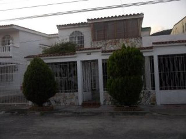 Casa En Venta En El Pinar Naguanagua