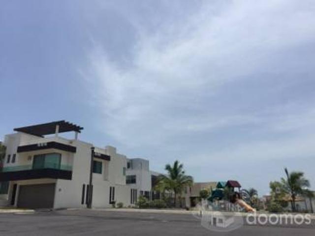 Casa Sola En Renta En Fraccionamiento Lomas Residencial, Alvarado
