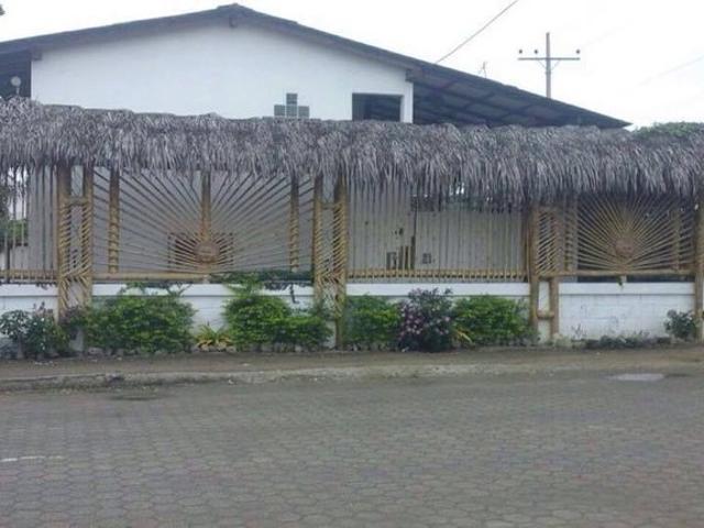 Casa Valdivia: Se Alquila Casa En Olón