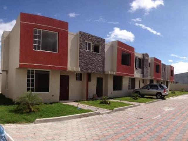 Casas De Lujo En La Mitad Del Mundo Casa En Venta En Quito San Antonio De Pichincha