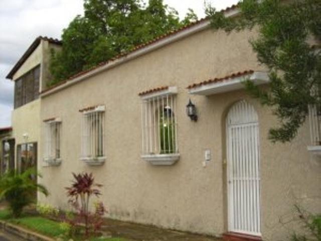 Casita.com.ve Vende Bella Casa En Urb. Roraima Alta Vista Sur