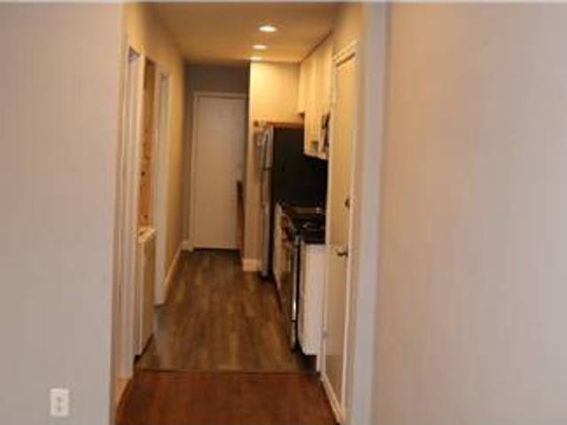 Centrally Located Sizable 1 Bedrooms 1 Bathrooms