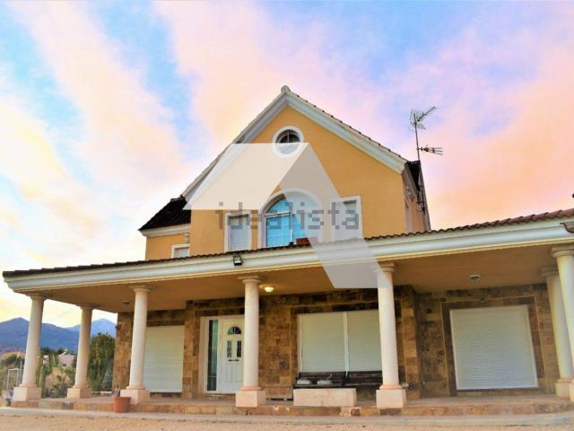 Chalet, 3 Dormitorios, 3 Wc, 260m2, Agost