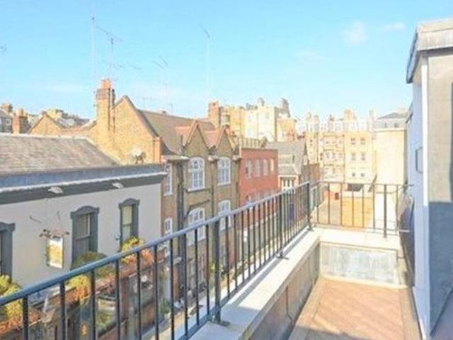 Charming And Spacious 2 Bedroom In Weymouth Mews