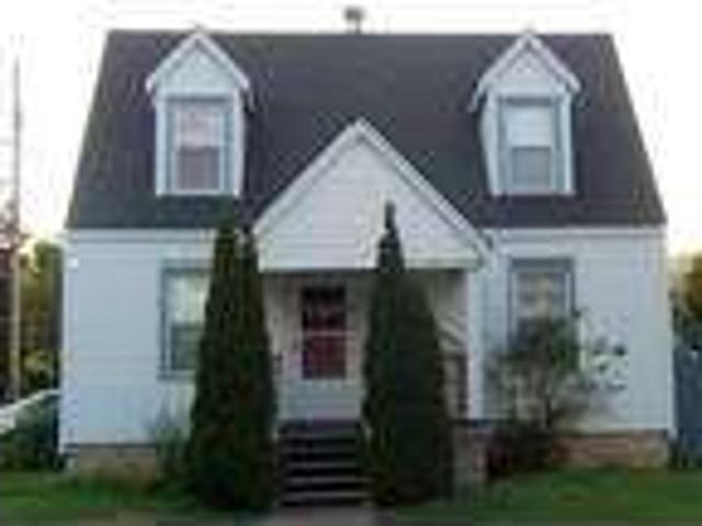 Charming Cape Cod Home For Rent On A Corner Lot At 38 Glass St!