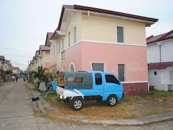 Cheap Cebu Townhouse For Sale Calawisan, Lapu Lapu City, Cebu