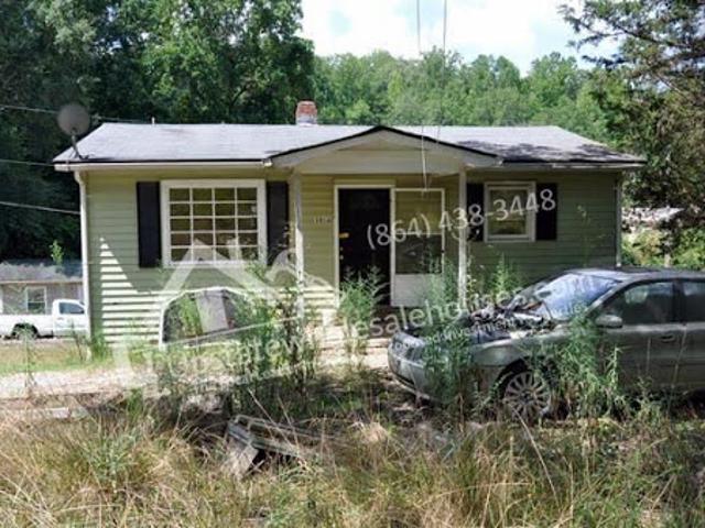Cheap Easley Duplex Wholesale Deal: 108 Wells St Easley, Sc – $1
