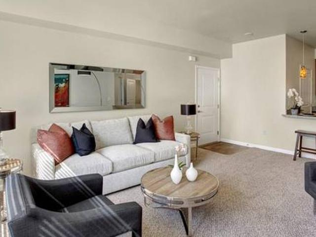 Check Out Our 1 Bed 1 Bath. Every Convenience Your Heart Desires Moses Lake