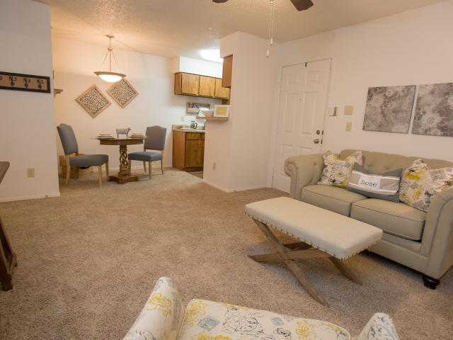 Cimarron Pointe Apts. 3 Bedroom Apartment For Rent At 8301 N Council Rd, Oklahoma City, Ok...