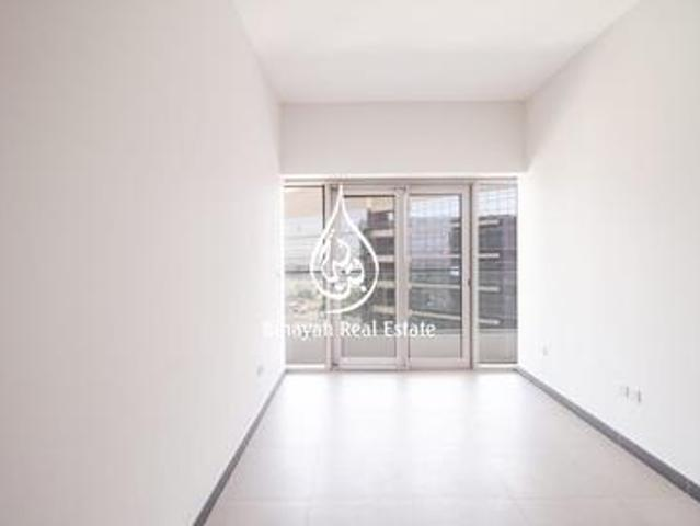 City & Pool View | Executive Building | 3 Bed|