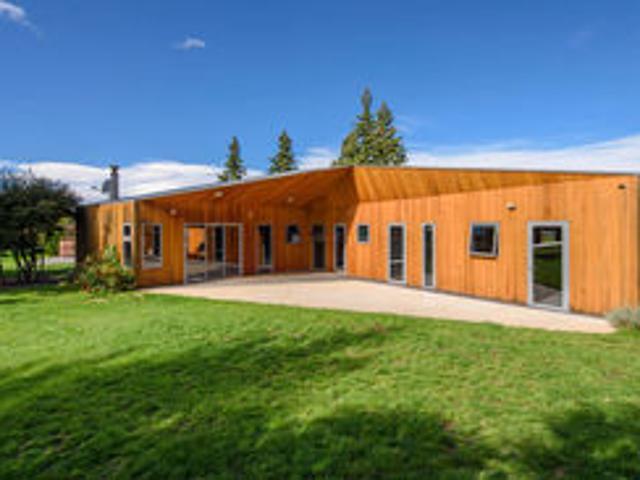 Clan Mac Haven Wanaka Holiday Home