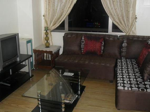 Clean And Affordable Condo Unit For Short Stay In Makati City!