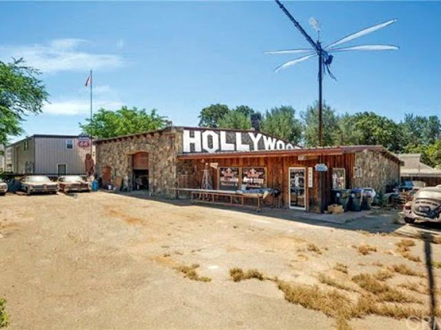 Clearlake, Great Commercial Location! Two Parcels