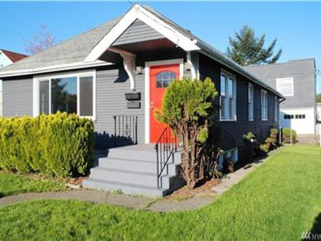 Close To Waterfront Park, Seattle Ferries