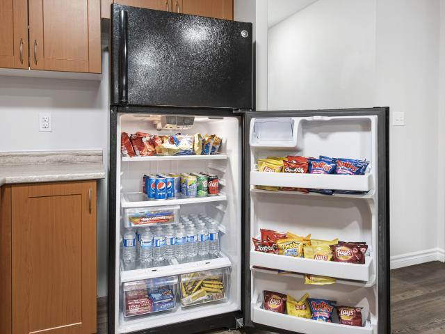 Collegeview Commons 3 Bedroom Apartment For Rent At 200 Old Carriage Dr, Kitchener, On N2p...