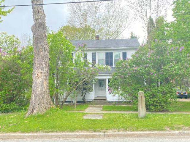 Colonial Style Home In Low Tax Area Colchester