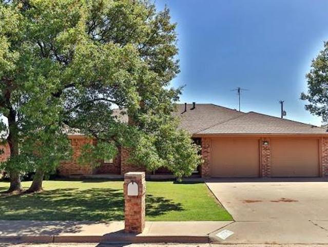 Come Home To A Newly Remodeled 3/2/2 Family Home