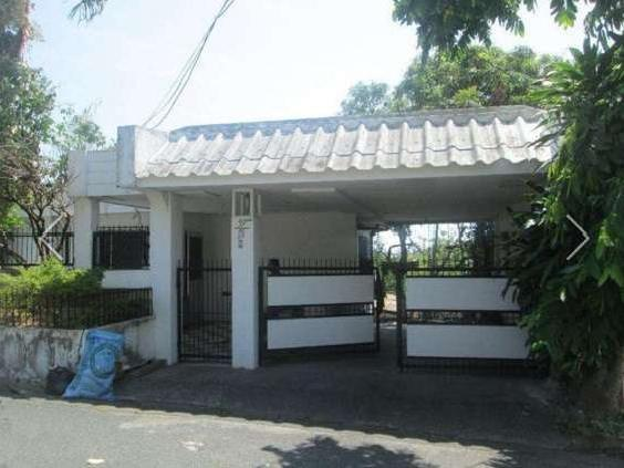 Comfy House And Lot In Soldiers Hills Muntinlupa City