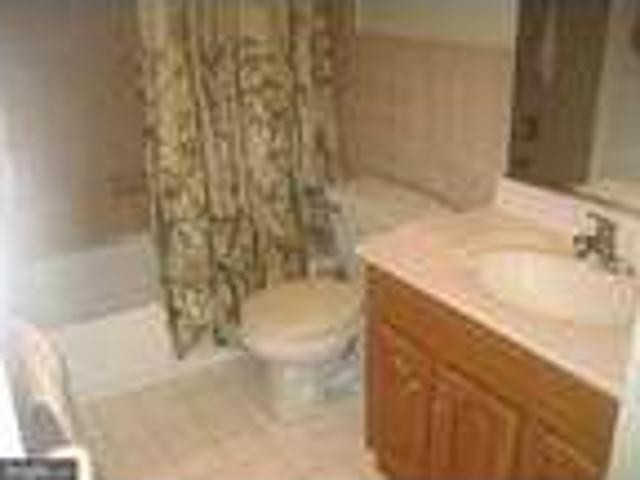 Condo For Rent In Blue Bell, Pennsylvania