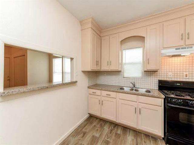 Condo For Sale In Baytown, Texas