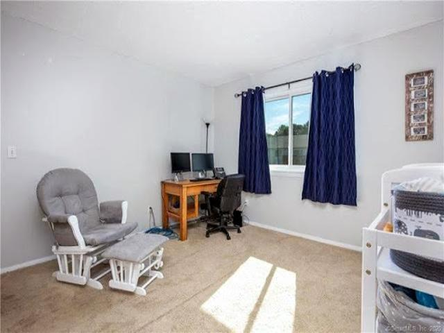 Condo For Sale In Enfield, Connecticut
