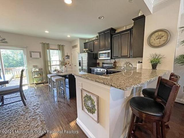 Condo For Sale In Toms River, New Jersey