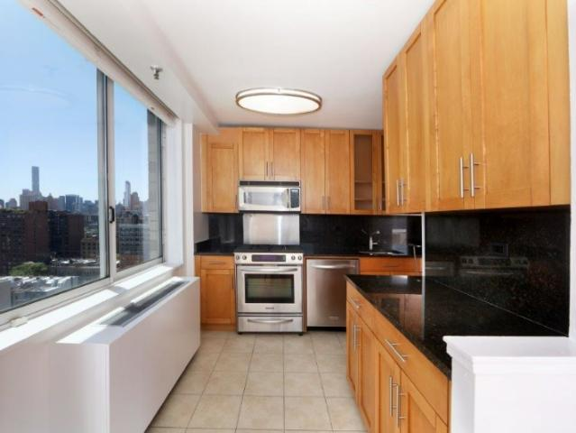 Convertible 3 Bedroom Apt In The Uws W/ Fireplace