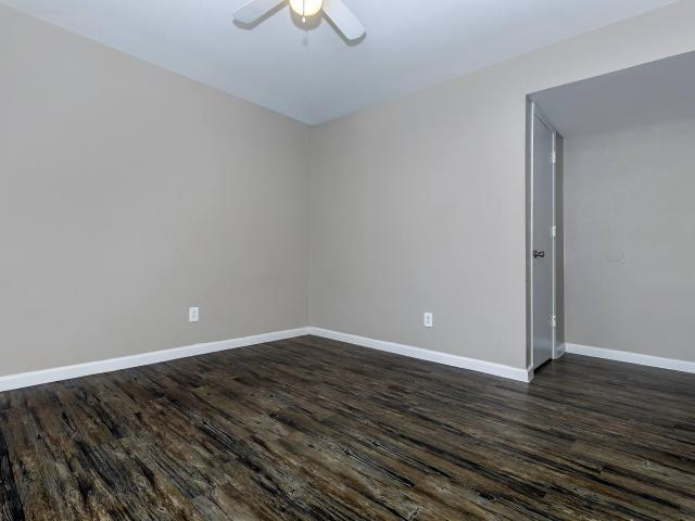 Corey Place 1 Bedroom Apartment For Rent At 602 West Pioneer Parkway, Grand Prairie, Tx 75051