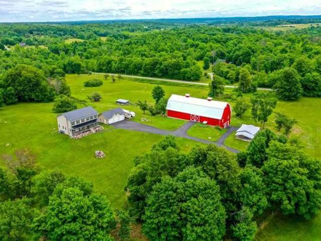Country Living 5 Bdrm House, 160 Acres, Barn Dekalb Junction, Ny