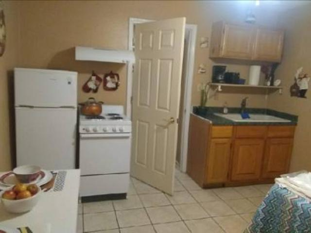Cozy Furnished Apt Bills Included $725 Woodlands Subdivision. Hwy 59 Loop 20 Area
