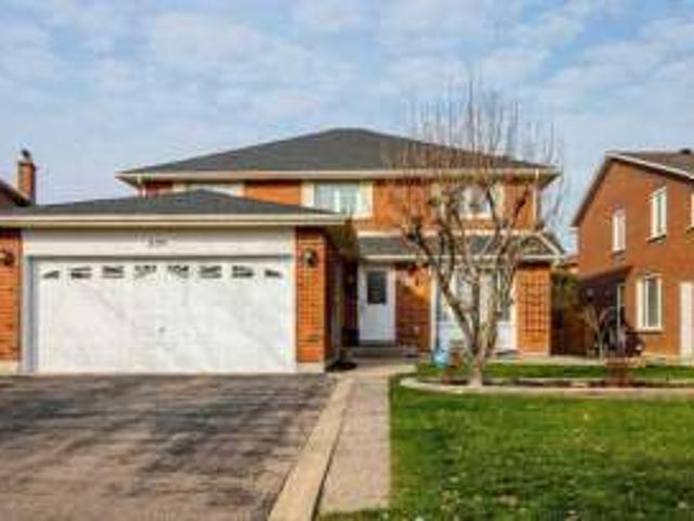 Custom Renovated Home With Basement Apartment In Mississauga