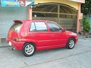 Daihatsu charade hatchback 1998 model manual transmission red 80k
