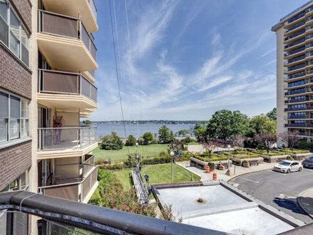 Desirable Bayside Co Op With Waterview
