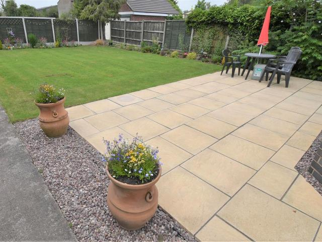 4 Bedroom House For Sale In Nutts Lane, Hinckley On Boomin