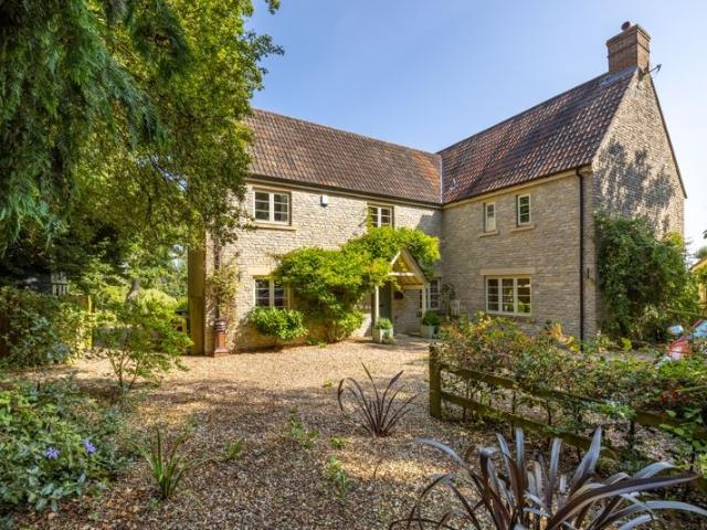 Detached 5 Bedroom House For Sale In Glastonbury Area Towards Pilton On Boomin