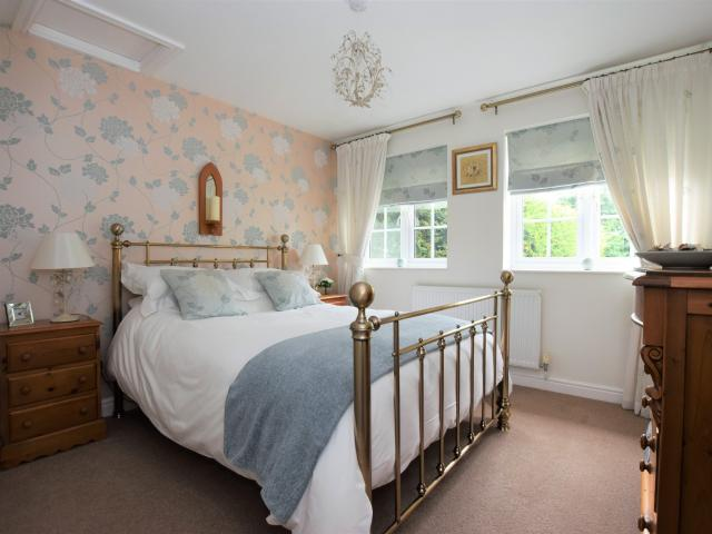 Detached 5 Bedroom House For Sale In Leicester Road, Sapcote On Boomin