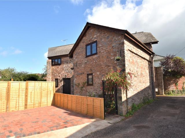 Detached 5 Bedroom House For Sale In Mill Street, Uffculme, Cullompton, Devon, Ex15 On Boomin